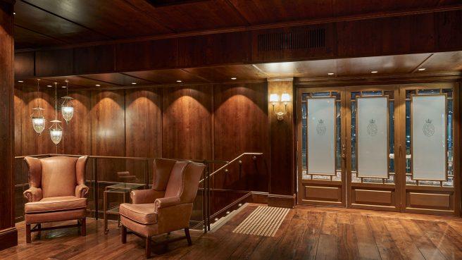 1.1 Point-Piper-Foyer